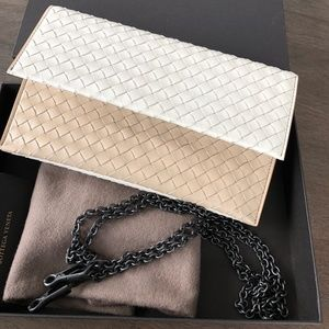 BOTTEGA VENETA NAPPA CONTINENTAL WALLET ON CHAIN